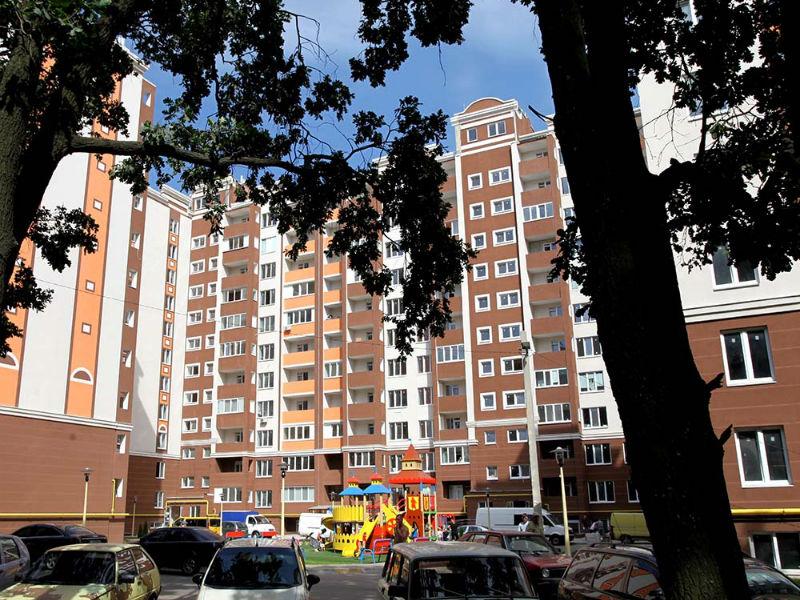 Петровский квартал 11 линия